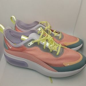 Nike Air Max Dia SE Womens Size 9 Shoes AR7410 603